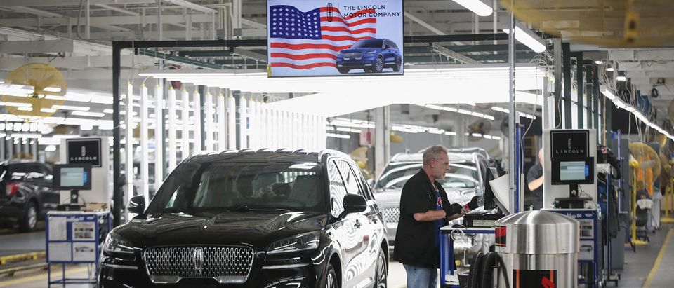 Ford's Chicago Assembly Plant Builds Explorers, Police Interceptors, And Lincoln Aviators