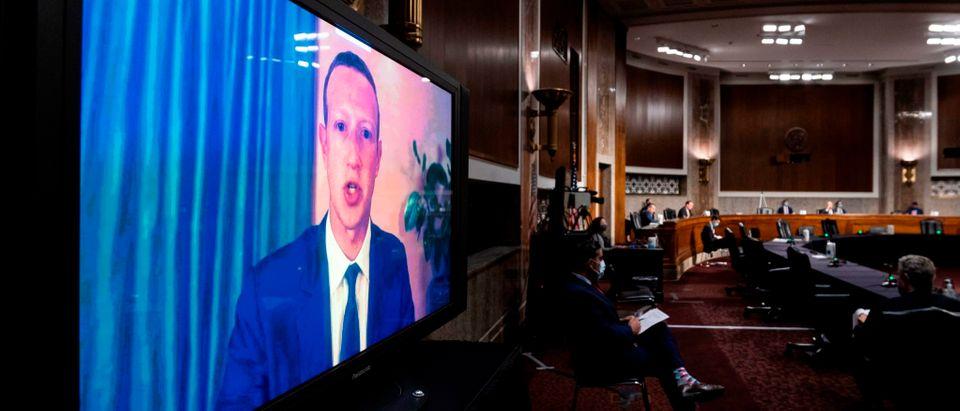 US-politics-computers-internet