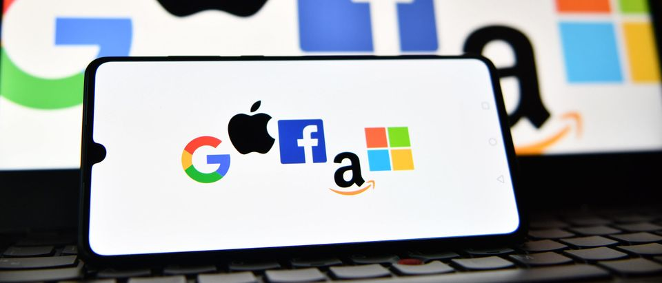 Amazon Google Facebook Apple Logos
