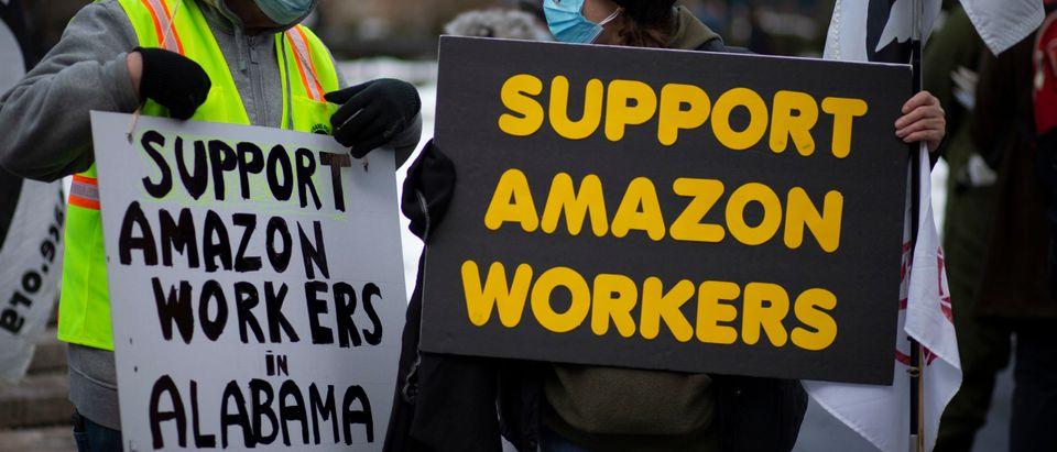 US-PROTEST-AMAZON