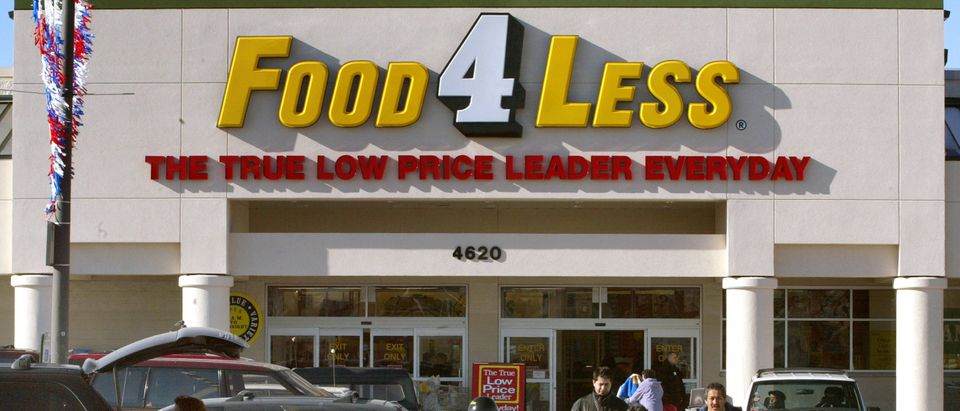 Food 4 Less Opens First Store In Chicago