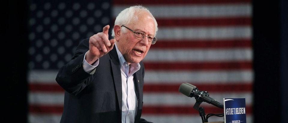 Bernie Sanders Campaigns Across Iowa Ahead Of Caucuses