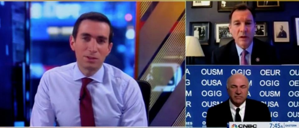 Andrew Ross Sorkin, Rep. Tom Suozzi, and Kevin O'Leary (Screenshot/CNBC)