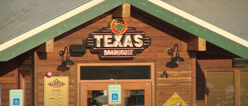 Texas Roadhouse [Youtube:Screenshot:WHAS 11]
