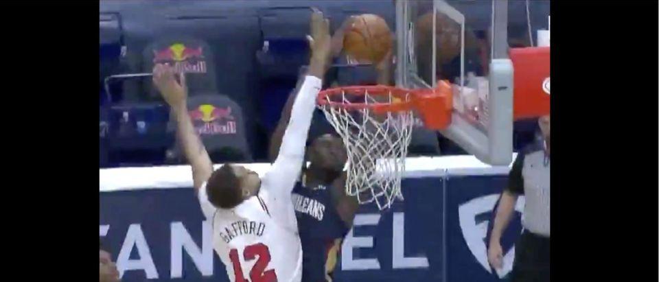 Zion Williamson (Credit: Screenshot/Twitter Video https://twitter.com/SportsCenter/status/1367287986501607426)