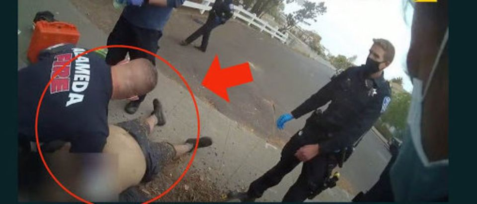 Bodycam footage shows Mario Arenales Gonzalez pinned down during an arrest. He later died[Youtube:Screenshot:City of Alameda]