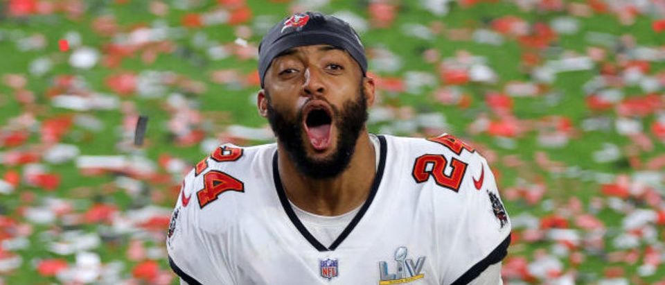 TAMPA, FLORIDA - FEBRUARY 07: Carlton Davis #24 of the Tampa Bay Buccaneers reacts as confetti falls after defeating the Kansas City Chiefs in Super Bowl LV at Raymond James Stadium on February 07, 2021 in Tampa, Florida. The Buccaneers defeated the Chiefs 31-9. (Photo by Kevin C. Cox/Getty Images)