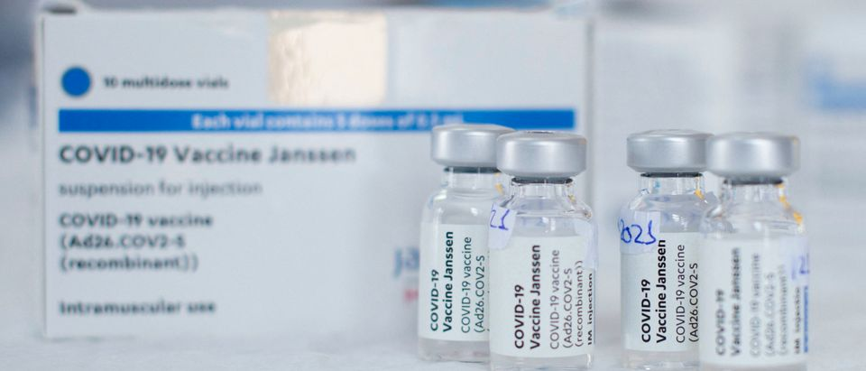CDC Panel Recommends Un-Pausing Johnson & Johnson Vaccine With No Change To Original Recommendation