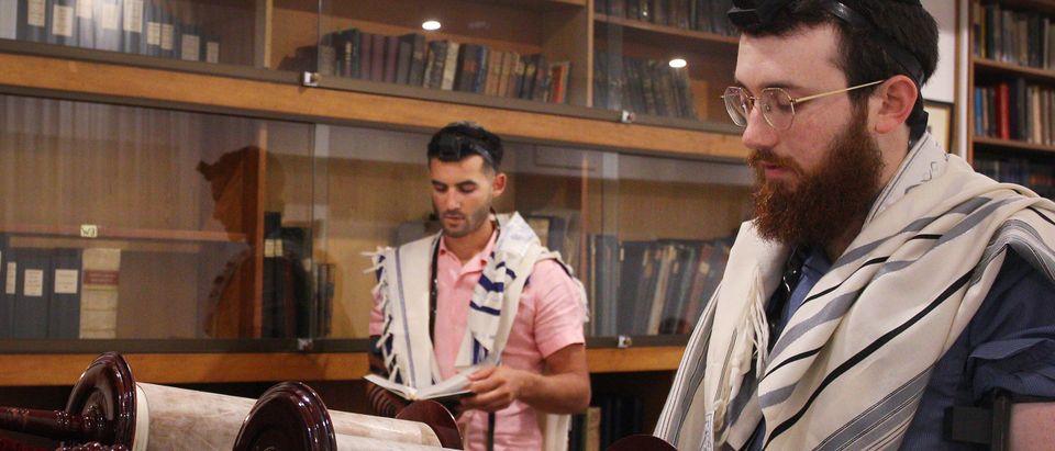 Sydney's Jewish Community Celebrate Hanukkah As COVID-19 Restrictions Ease in Australia
