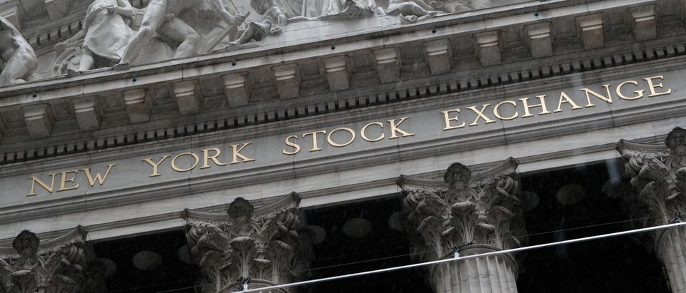 Stocks Rise To Hit New Record As Positive Economic Reports Come In