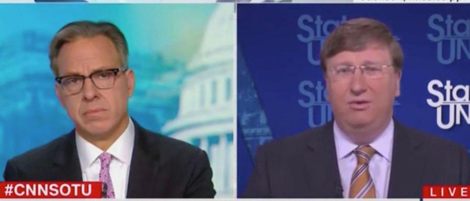 Jake Tapper and Gov. Tate Reeves (Screenshot/CNN)