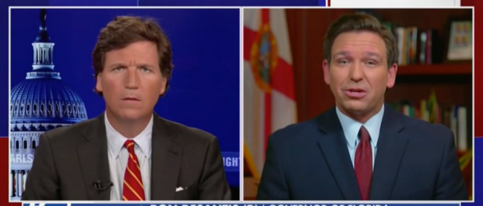 "Gov. Ron DeSantis spoke with Tucker Carlson about the ""60 Minutes"" segment on vaccine distribution. (Screenshot Fox News)"