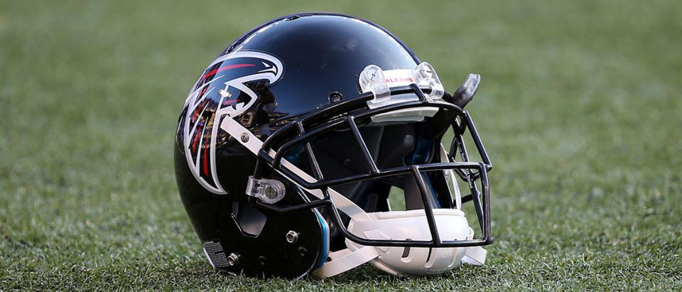 BALTIMORE, MD - AUGUST 15: The helmet of an Atlanta Falcons player sits on the turf before the start of the Falcons and Baltimore Ravens preseason game at M&T Bank Stadium on August 15, 2013 in Baltimore, Maryland. (Photo by Rob Carr/Getty Images)