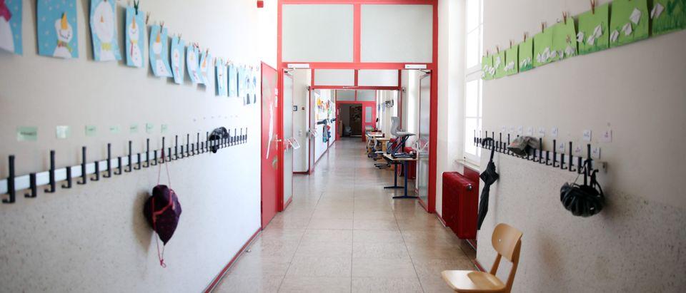 Germany Debates Reopening Schools
