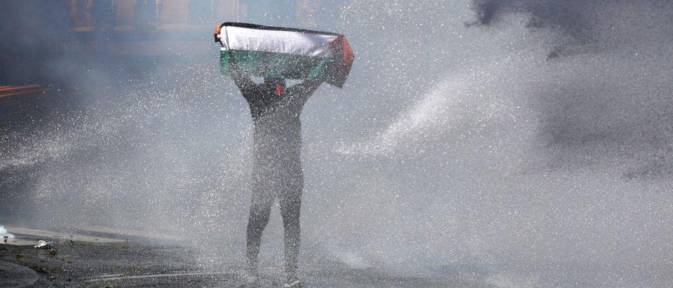 TOPSHOT-FRANCE-POLITICS-ISRAEL-PALESTINIAN-CONFLICT-PROTEST