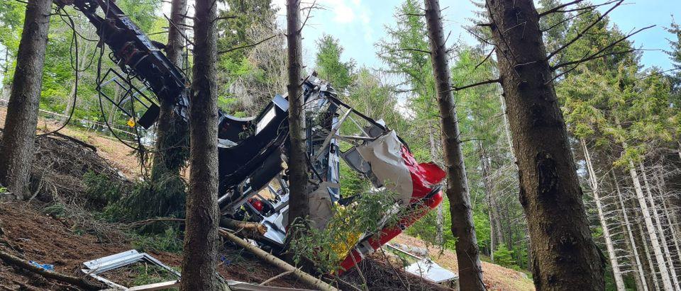 Cable Car Collapse Kills 14 Near Lake Maggiore