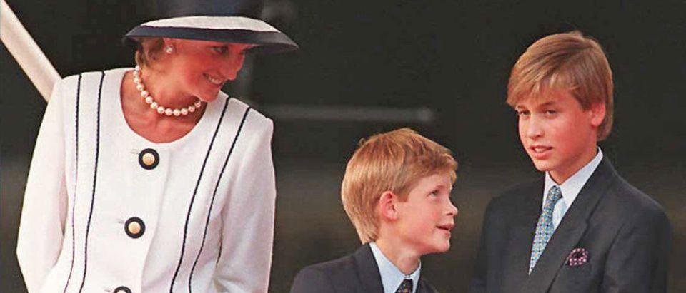 (FILES) Princess Diana (L), Prince Harry
