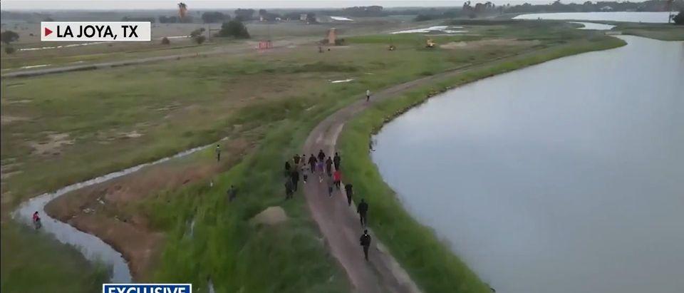 Drone Video Capturing 40 Illegal Aliens Fleeing