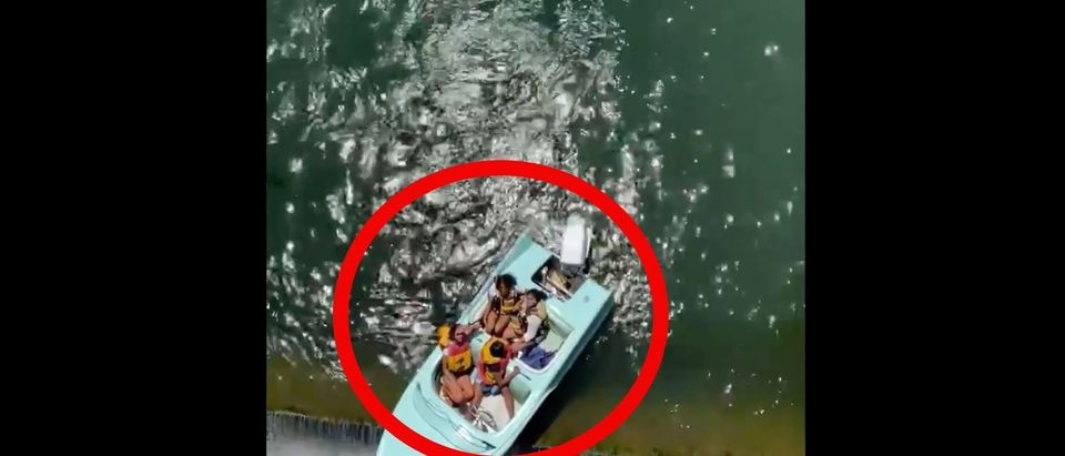 Boaters Rescued