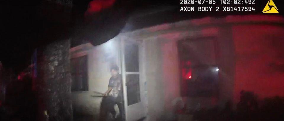 Bodycam footage shows fatal shooting of Axel Perez in Florida. He is seen holding a machete [Youtube:Screenshot:JaxSheriff]