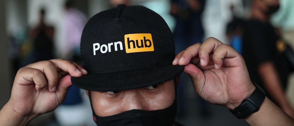 Pornhub Supporter Sports Cap In Thailand