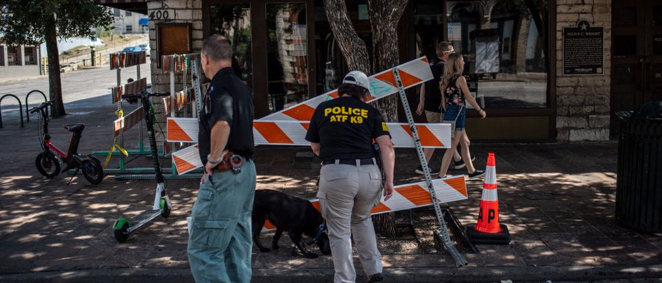 Suspect At Large After 13 Shot In Downtown Austin, Texas