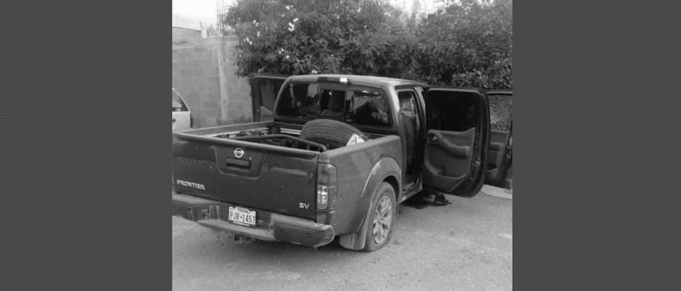 Photo of truck in the shooting[Twitter:Screenshot:@R_CodigoRojo]