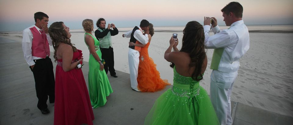 prom night during covid