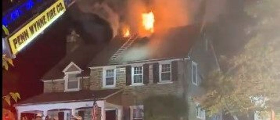 A volunteer Pennsylvania firefighter was killed Sunday night in a blaze [Twitter Screenshot Rosemary Connors]