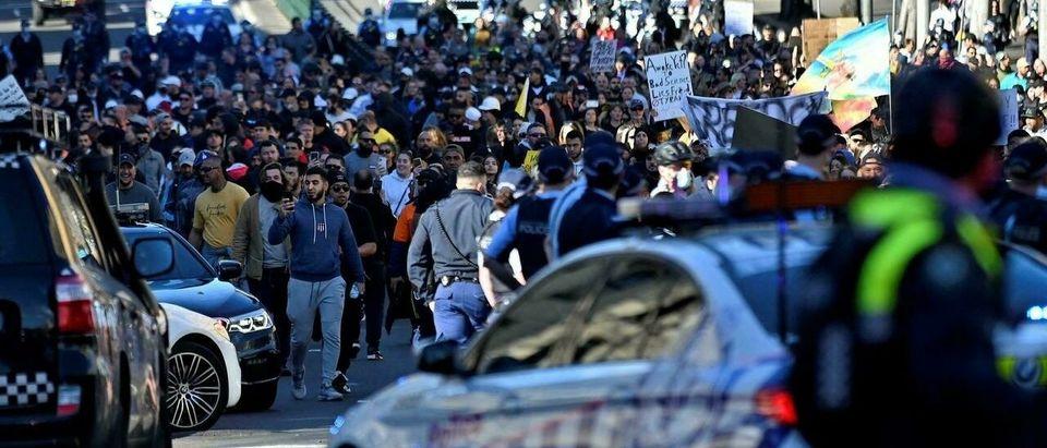 Lockdown protests erupt in Sydney Australia