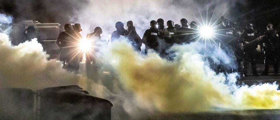 TOPSHOT-US-POLICE-CRIME-UNREST-RACISM