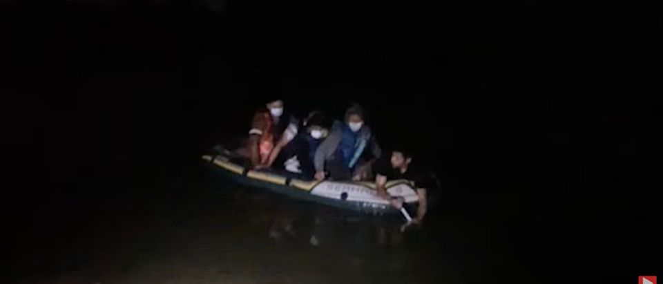 Migrants being smuggled across Rio Grande River [Daily Caller]