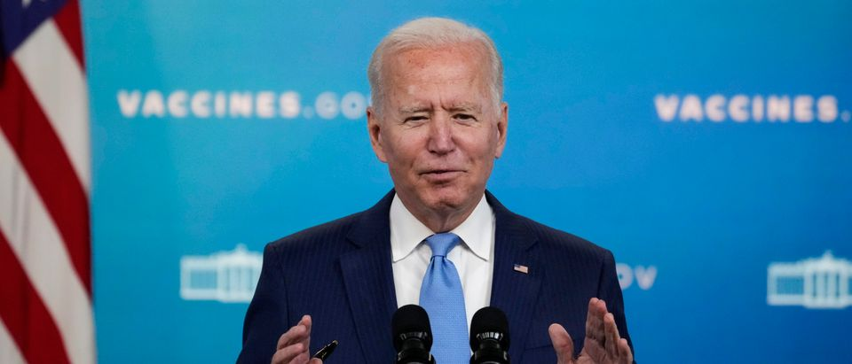 WASHINGTON, DC - AUGUST 23: U.S. President Joe Biden speaks about COVID-19 vaccines in the South Court Auditorium at the White House complex on August 23, 2021 in Washington, DC. On Monday morning, the U.S. Food and Drug Administration (FDA) announced full approval of the Pfizer-BioNTech coronavirus vaccine for people 16 and older, making it the first vaccine to move beyond emergency use status in the U.S. (Photo by Drew Angerer/Getty Images)