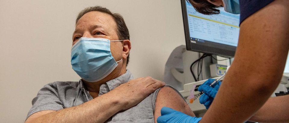 US-HEALTH-VIRUS-VACCINE-BOOSTER