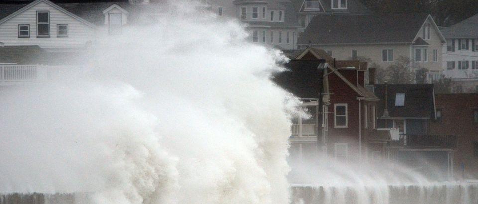 Hurricane Hits Mid-Atlantic Coastline