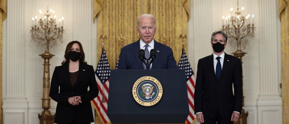 WASHINGTON, DC - AUGUST 20: U.S. President Joe Biden (C) delivers remarks on the U.S. military's ongoing evacuation efforts in Afghanistan as he is joined by U.S. Vice President Kamala Harris, and Secretary of State Antony Blinken from the East Room of the White House on August 20, 2021 in Washington, DC. The White House announced earlier that the U.S. has evacuated almost 14,000 people from Afghanistan since the end of July. (Photo by Anna Moneymaker/Getty Images)