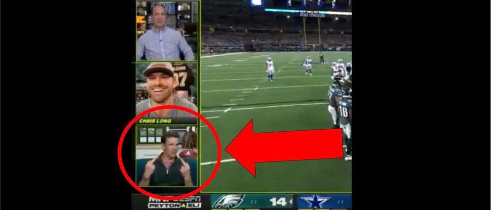 Eli Manning (Credit: Screenshot/Twitter Video https://twitter.com/awfulannouncing/status/1442684915846303745)