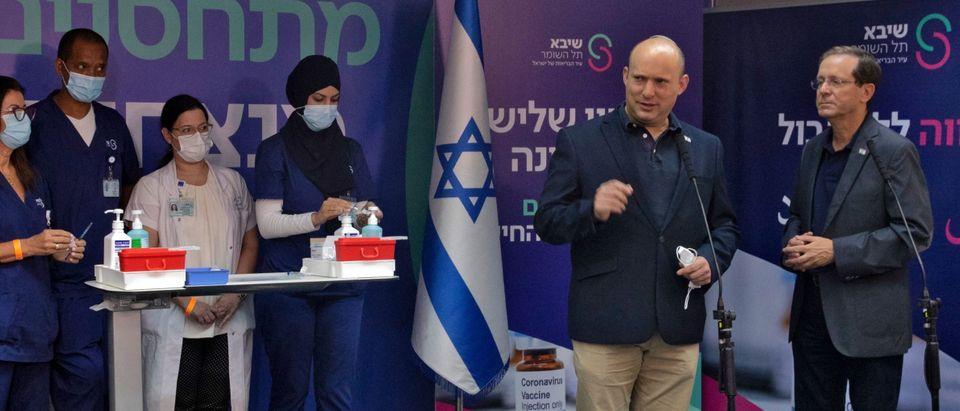 ISRAEL-HEALTH-VIRUS-VACCINE-HERZOG