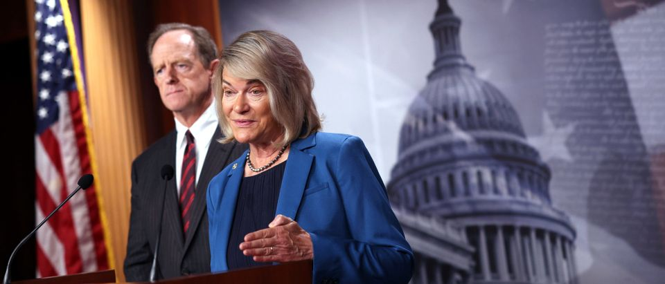 Sen. Cynthia Lummis (R-WY), joined by Sen. Pat Toomey (R-PA), speaks on a cryptocurrency amendment to the bipartisan infrastructure bill, at the U.S. Capitol on August 09, 2021 in Washington, DC. The amendment would aim to narrow the digital asset reporting requirement to brokers of cryptocurrency in the infrastructure bill. (Photo by Kevin Dietsch/Getty Images)