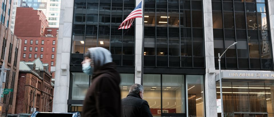 Manhattan's Midtown Offices Remain Largely Empty As Businesses Begin To Consider Returning
