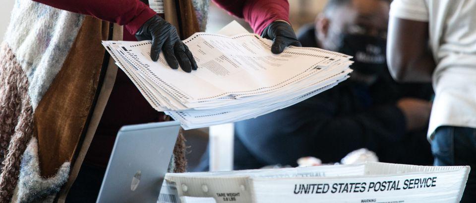 Georgia Election Officials Continue Ballot Counting